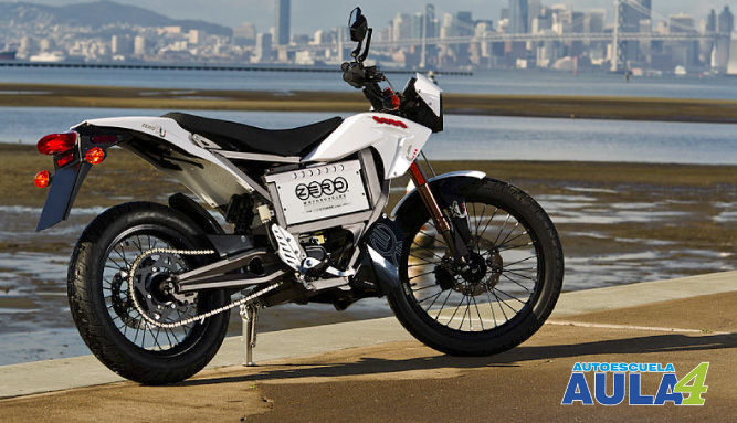 Te contamos las ventajas y desventajas de las motos eléctricas.