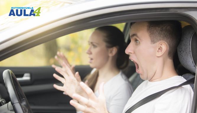 No pierdas detalle de los errores más comunes en las practicas de conducir.